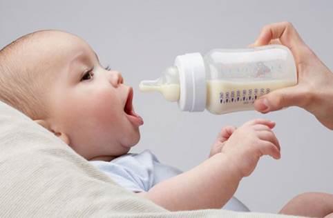 Аллергия на молочную смесь у грудничка: причины и способы решения проблемы