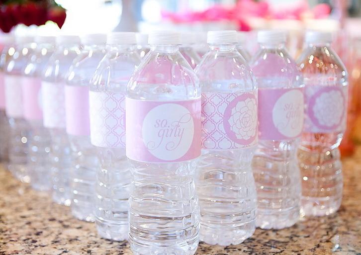 Детская вода в бутылках