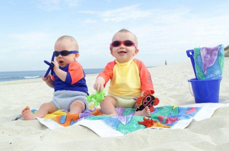 Польза и вред пребывания новорожденного на солнце