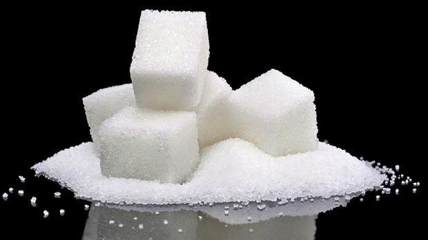 Стоит ли знакомить грудничка с сахаром?