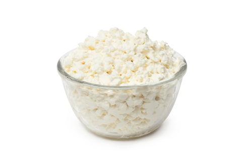 Творог — источник кальция и белка для грудничка. Как приготовить в домашних условиях?