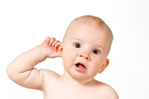 Отит: профилактика, симптомы и лечение заболевания ушей у грудничка