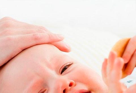 Как распознать и лечить ангину мамам грудничков