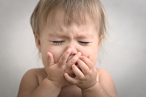 Фарингит – воспаление горла у грудничка: симптомы заболевания и способы его лечения