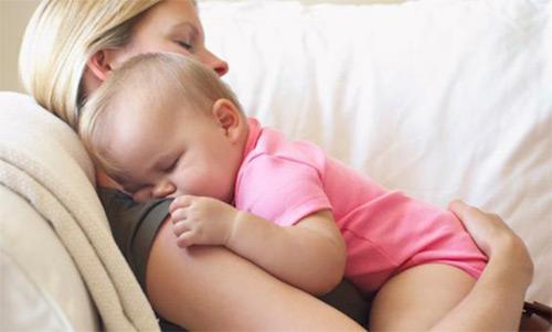 сон на маме