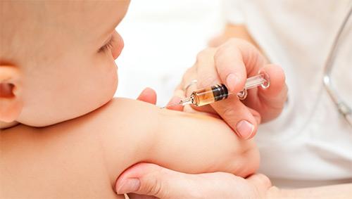Вакцина БЦЖ грудничку: что это такое? Надо ли прививать малыша в роддоме? Возможные реакции организма ребенка