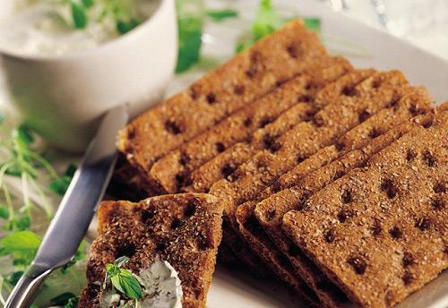 Употребление хлебцев в период грудного вскармливания: за и против