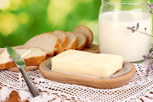 Совместимо ли кормление грудью и сливочное масло? Польза и вред сливочного масла для кормящей мамы