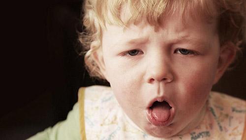 Причины появления лающего кашля у грудничка. Основные методы лечения в домашних условиях. Лекарства, используемые для детей до года
