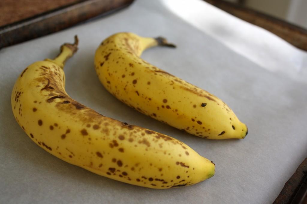 Два банана