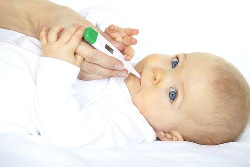 Оральное измерение температуры у ребенка