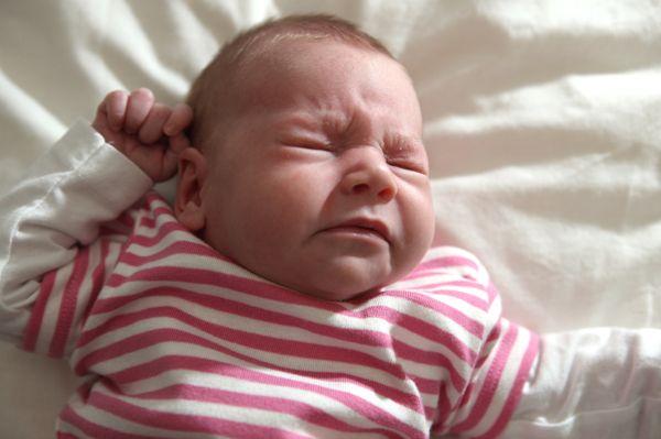 Малыш почти чихнул