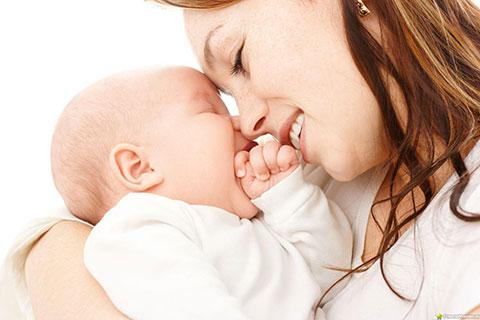 Все о прививке от гепатита новорожденным: показания, противопоказания, побочные эффекты, схемы проведения