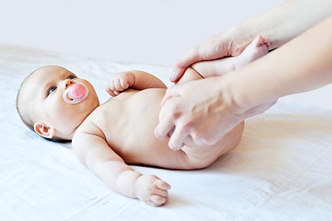 Изображение - Детский массаж при дисплазии тазобедренных суставов Baby-Hips