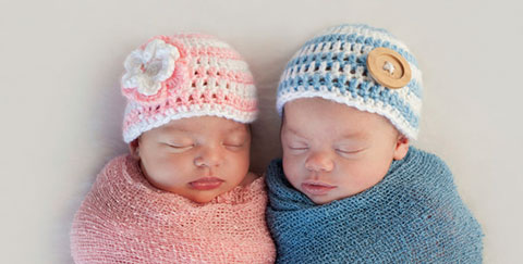 два младенца