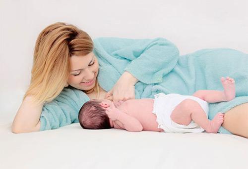 Все причины, по которым новорожденный ребенок неактивно или плохо сосет материнскую грудь. Что можно сделать, как мама может помочь малышу?