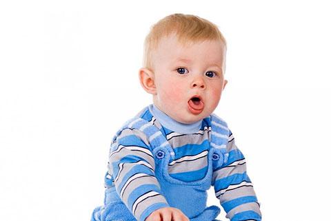 Чем опасен стеноз гортани у грудничка? Как не припустить первые симптомы и оказать помощь малышу?