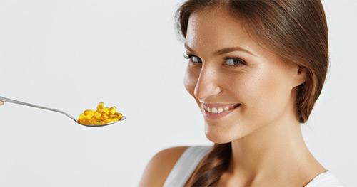 Польза Омега 3 жирных кислот для женщины, которая кормит малыша грудью