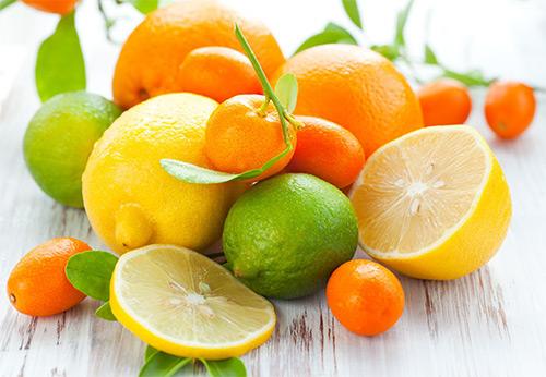 Когда грудничку можно познакомиться с лимонами и апельсинами? Вводим в прикорм цитрусовые