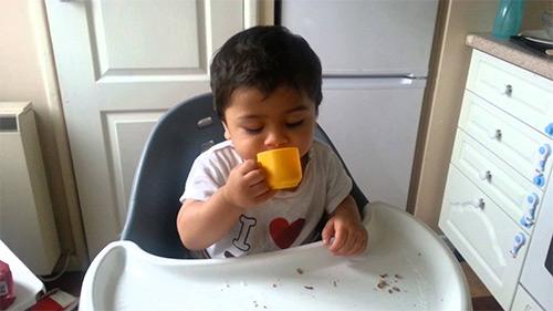 учим пить ребенка