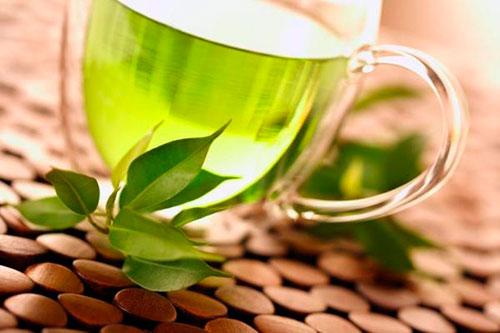 Зеленый чай мамочкам в лактационный период: можно или нет? С молоком, мятой, жасмином в пакетиках и бутылках