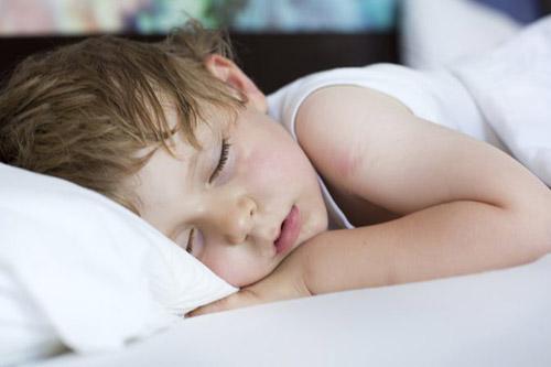 кашель у грудничка во сне